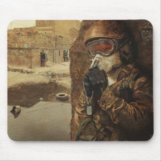 El rezo Mousepad del soldado Tapetes De Raton