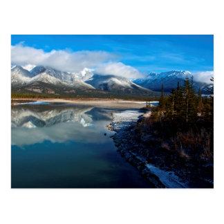 El río de Athabasca en parque nacional de jaspe Postal