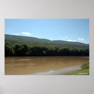 El río Delaware en la impresión 0033-1 de Poconos Póster