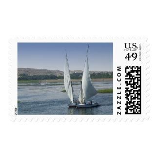 El río el Nilo y barcos de navegación usados como Sello