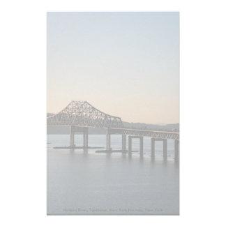 El río Hudson, Tapanzee, thruway de Nueva York, Nu Papelería