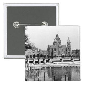El río Isar en Munich, c.1910 Pin Cuadrado