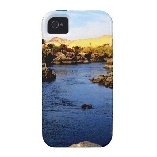 El río Nilo en el río de Asuán - desierto del Sáha Case-Mate iPhone 4 Fundas