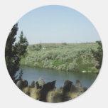 el río Snake Pegatina Redonda