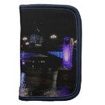 El río Támesis en la noche, Londres Inglaterra Planificadores