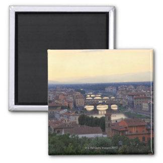 El río y el Ponte Vecchio de Arno en Florencia, Imán Cuadrado