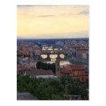 El río y el Ponte Vecchio de Arno en Florencia, Postales