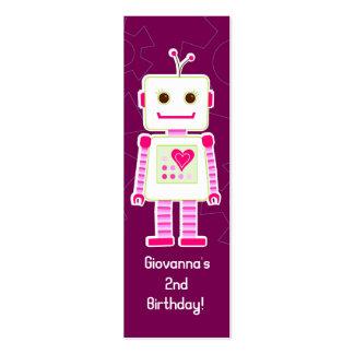 El robot del chica le agradece las etiquetas del tarjetas de visita