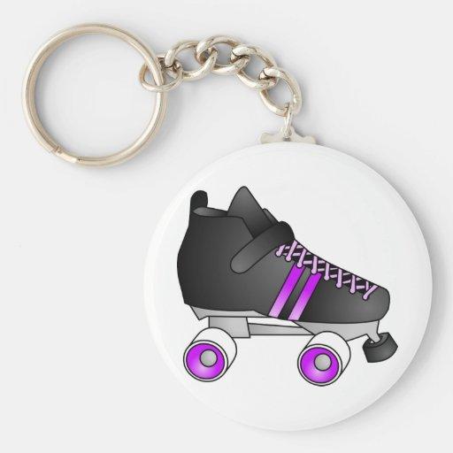 El rodillo Derby patina negro y púrpura Llavero Redondo Tipo Pin