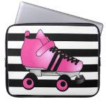 El rodillo Derby patina rosa y negro Mangas Portátiles