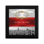 El rojo blanco de BW 05 del horizonte de NYC Cajas De Recuerdo