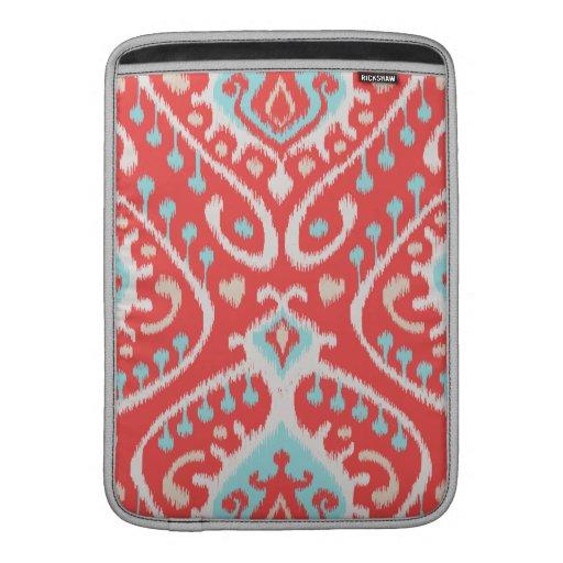 El rojo elegante elegante y el ikat tribal de la t funda macbook air