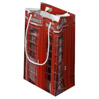 El rojo llama por teléfono cerca de Big Ben Bolsa De Regalo Pequeña