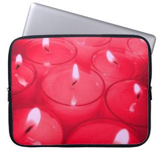 El rojo mira al trasluz el bolso de la electrónica fundas portátiles