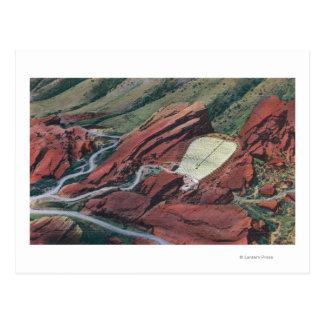 El rojo oscila el teatro, parque de las rocas postales