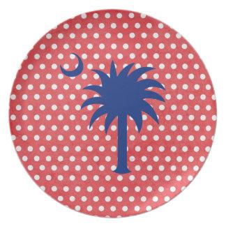 El rojo puntea la placa del árbol del Palmetto del Plato Para Fiesta