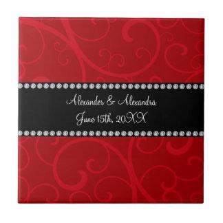 El rojo remolina los favores del boda azulejo cuadrado pequeño