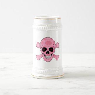El rojo rosado del camuflaje observa el cráneo y a jarra de cerveza