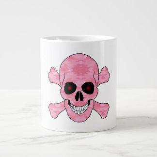 El rojo rosado del camuflaje observa el cráneo y tazas jumbo
