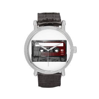 El rojo se descolora casete de la etiqueta de Houn Reloj