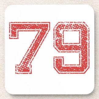 El rojo se divierte Jerzee número 79 Posavasos De Bebidas