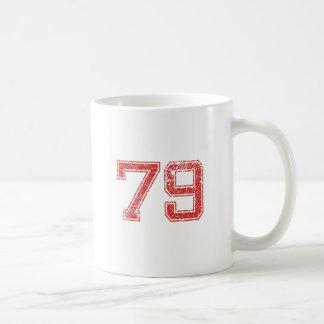 El rojo se divierte Jerzee número 79 Taza