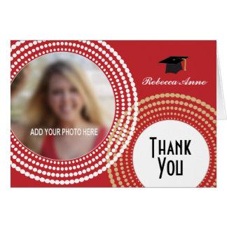 El rojo y la graduación punteada oro de los tarjeta pequeña