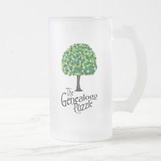 El rompecabezas de la genealogía taza de café
