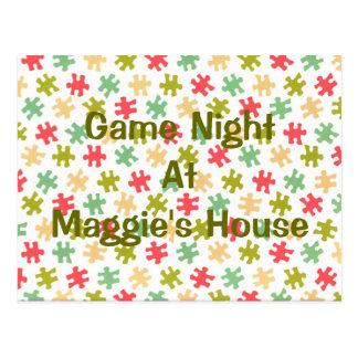 El rompecabezas de la noche del juego junta las postales