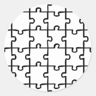 El rompecabezas junta las piezas de COLOR del Pegatina Redonda