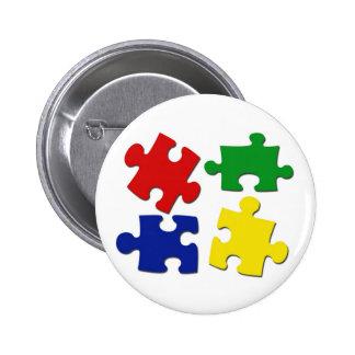 El rompecabezas junta las piezas del botón pin redondo de 2 pulgadas