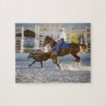 El roping del becerro del vaquero del rodeo puzzle