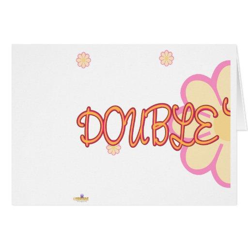 El rosa anaranjado del problema doble florece la p tarjeta de felicitación