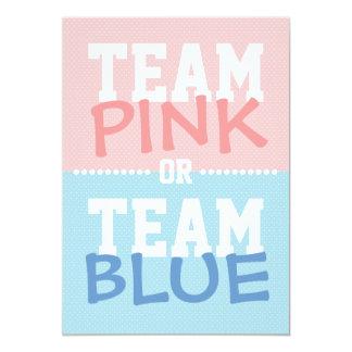 """El rosa del equipo o el género del bebé azul del invitación 5"""" x 7"""""""