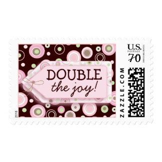El rosa feliz puntea franqueo gemelo de la fiesta estampillas