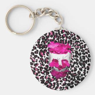 El rosa florece el cráneo en puntos rosados del le llaveros personalizados