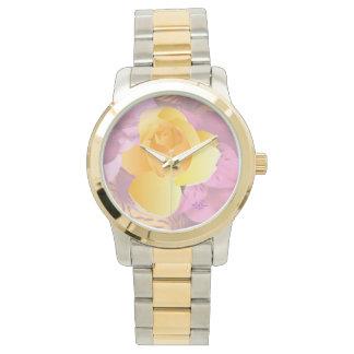 El rosa florece el reloj Dos-Entonado de la
