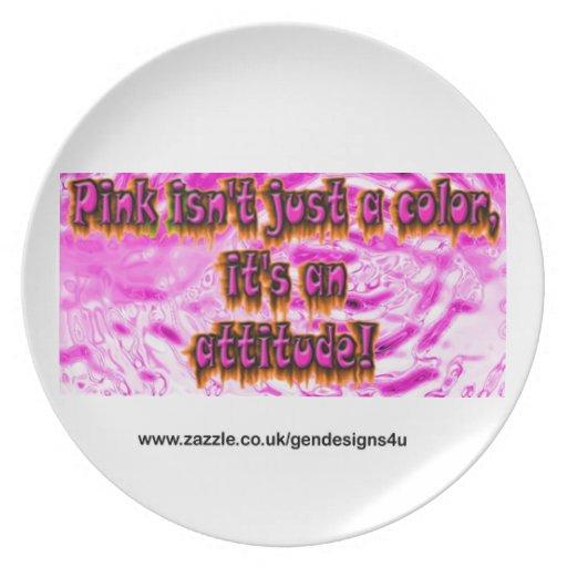 el rosa no es apenas un color su una actitud plato para fiesta