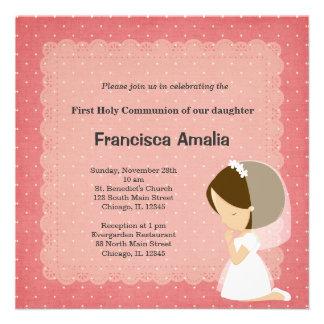 El rosa puntea al chica de la comunión santa invitacion personalizada