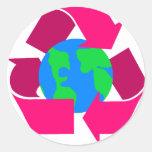 el rosa recicla símbolo etiqueta redonda