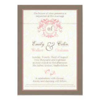 El rosa remolina en el boda poner crema pálido del comunicados personales