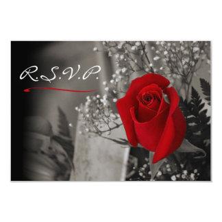 """El rosa rojo elegante se descolora hacia fuera invitación 3.5"""" x 5"""""""