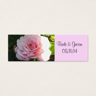 El rosa rosado de ruborización ahorra la fecha tarjeta de visita pequeña