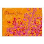 El rosa y el boda floral anaranjado le agradecen c tarjeta