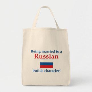 El ruso construye el carácter