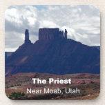 El sacerdote: Moab, Utah Posavasos De Bebida