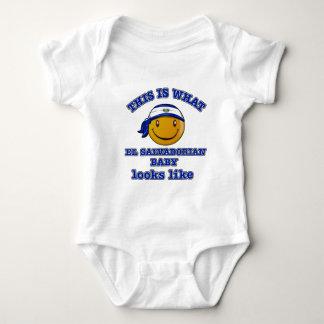 El Salvadorian baby designs T Shirts