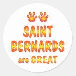 El santo Bernards es grande Pegatinas Redondas