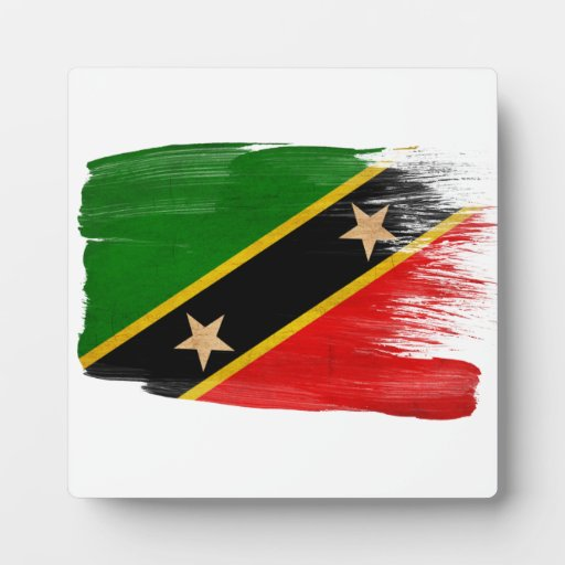 El santo San Cristobal Nevis señala por medio de u Placas