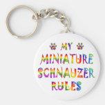 El Schnauzer miniatura gobierna la diversión Llaveros Personalizados